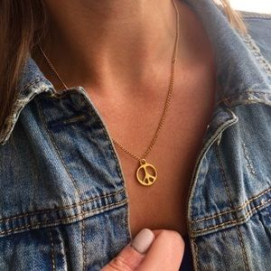 14k gold plated peace sign pendant necklace ✌🏻